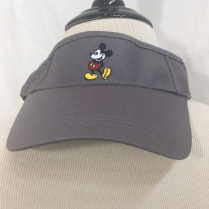 (NWT) Mickey Mouse Visor